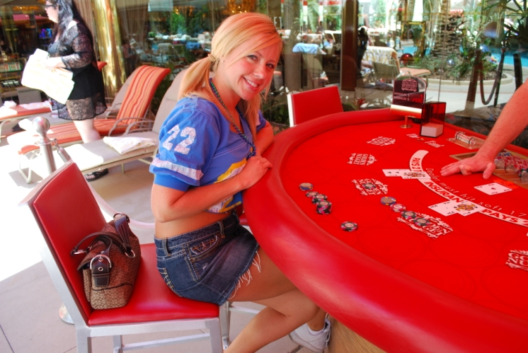 Luckys poker room promotions