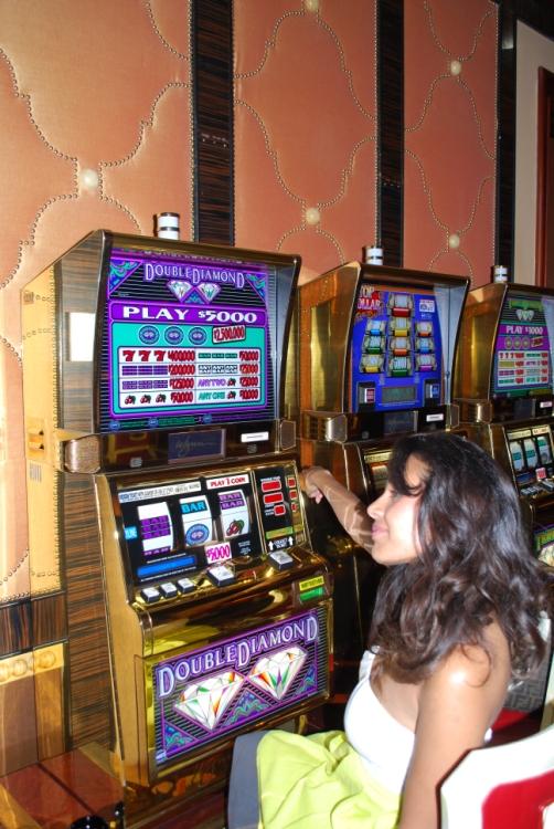 lucky 777 casino bus