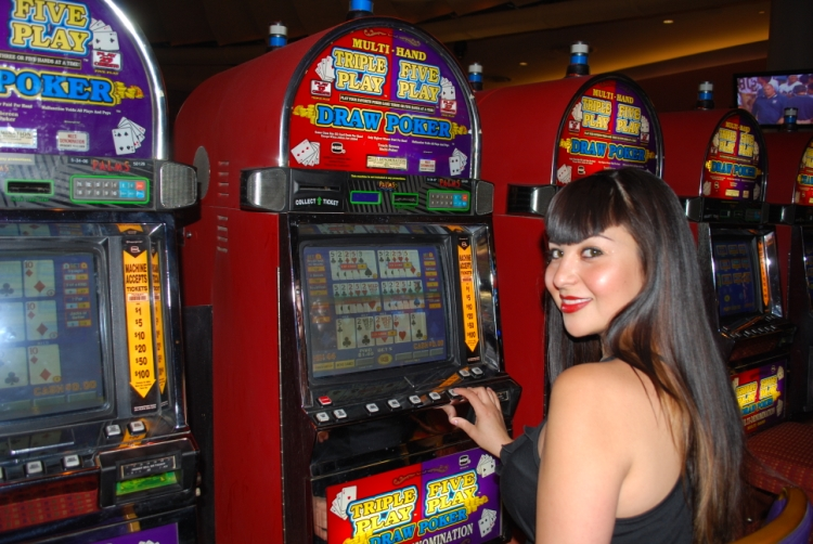 video poker slot machine odds