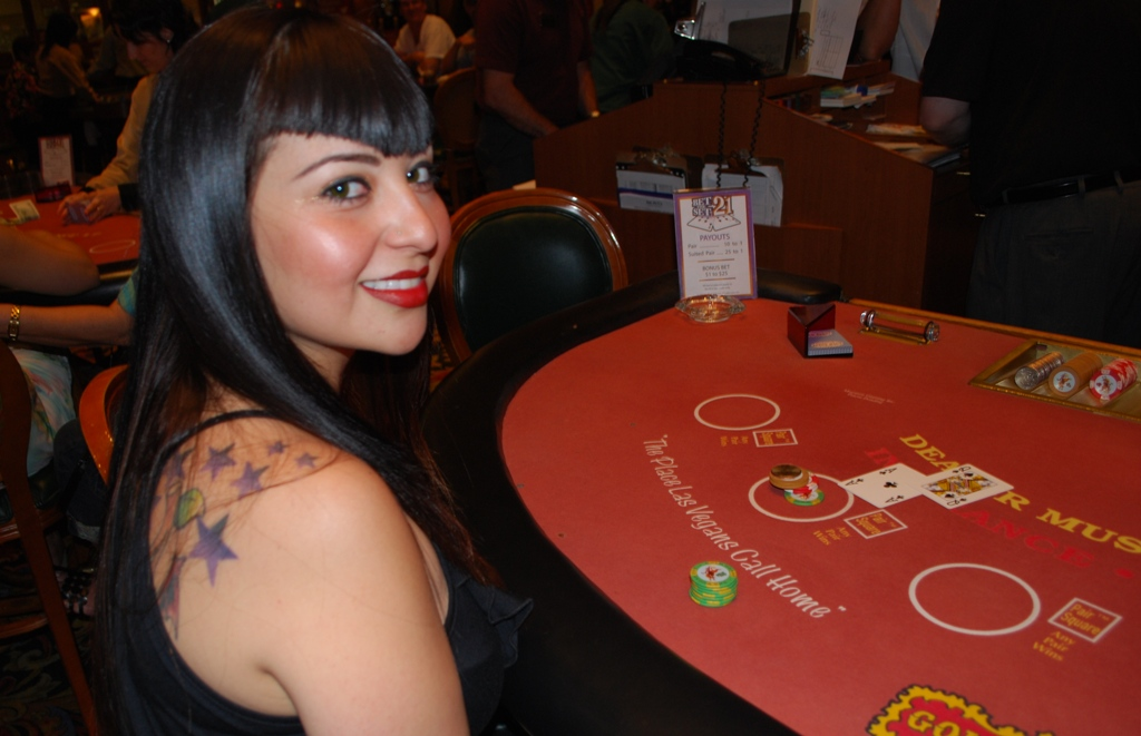 Poker table for sale california